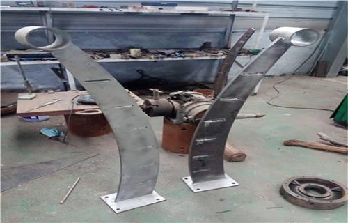 伊犁不锈钢复合管栏杆咨询热线
