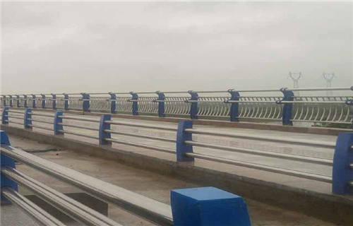 海南拉丝不锈钢复合管护栏安装便捷