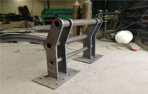 海东拉丝不锈钢复合管护栏规格齐全