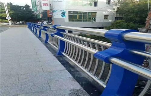 张家界高速公路桥梁防撞护栏实力厂家