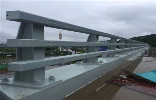 武威Q235钢板立柱生产基地