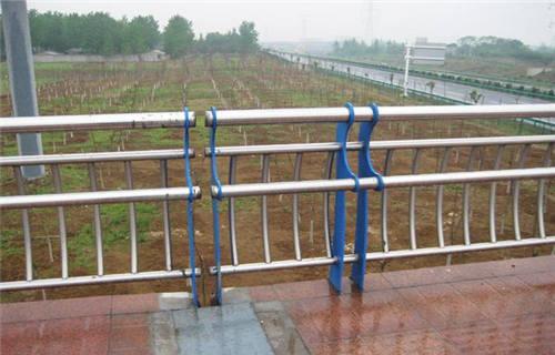 乌鲁木齐304不锈钢复合管护栏值得信赖