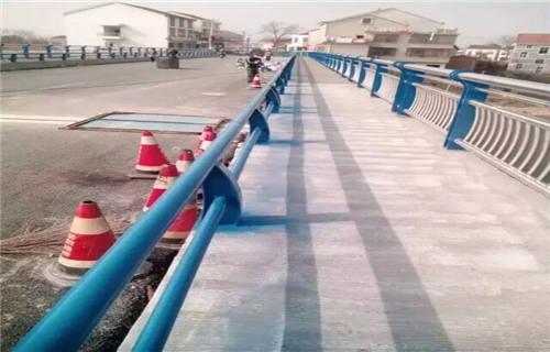 张家界桥梁钢结构防撞护栏质量可靠
