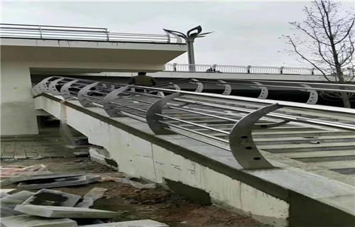 贵州防撞护栏规格