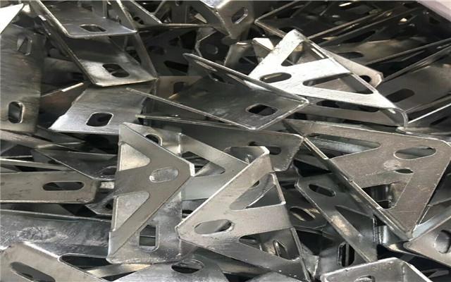 OEM協作加工:安徽蚌埠市高強度光伏支架c型鋼供應