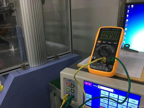 分压法测电压表内阻电路图