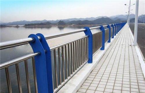 甘肃不锈钢桥梁护栏质保五年