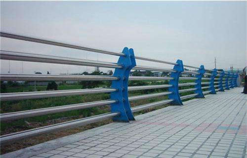 丽水不锈钢复合管灯光护栏产品更好