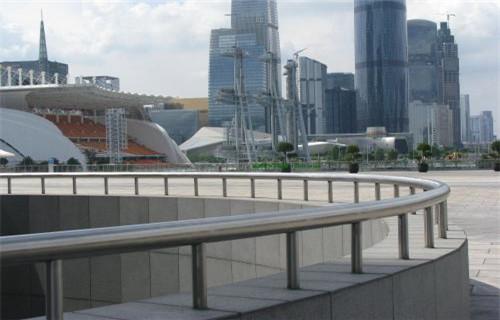 河南不锈钢复合管灯光护栏设计