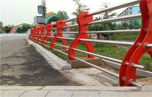承德不锈钢河道护栏来图定做