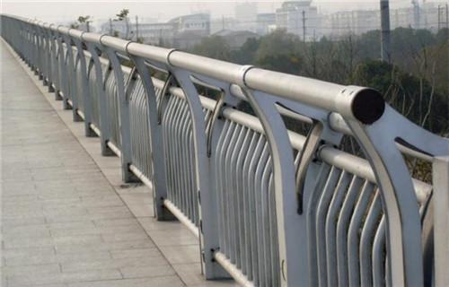 沧州不锈钢复合管灯光护栏自家厂子