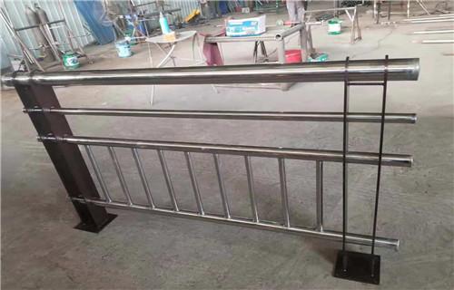 安康304不锈钢立柱价格咨询