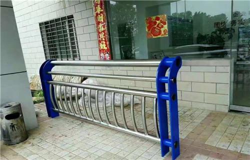 本溪桥梁护栏国标尺寸专业定制