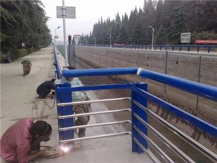 迪庆201不锈钢复合管护栏加工定做