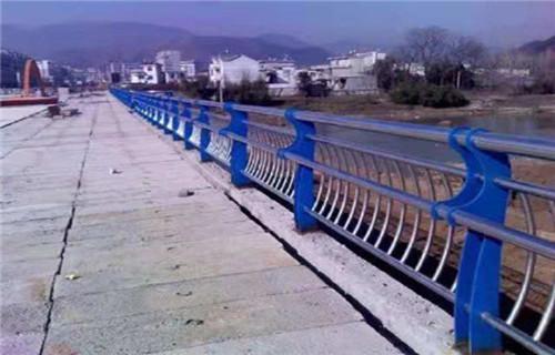 南京天桥不锈钢护栏杆生产线