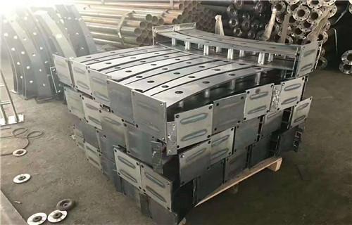 安康不锈钢碳素钢复合管栏杆生产加工