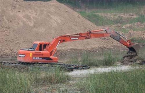 汉阴水陆两栖挖掘机
