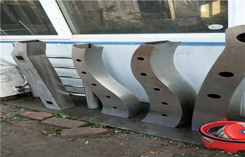 平凉不锈钢复合管河道栏杆质量优越