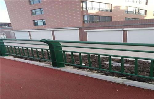 庆阳桥梁护栏立柱板厂家直销