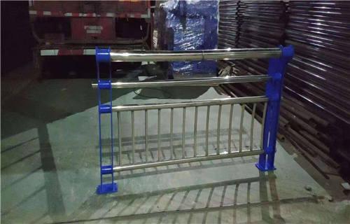 临夏天桥防护用不锈钢护栏生产定制