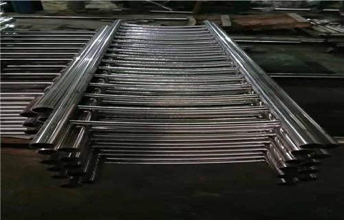 陇南不锈钢碳素钢复合管栏杆今日