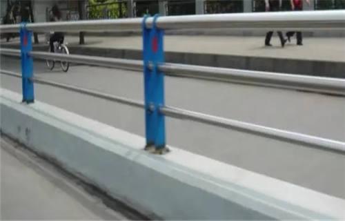 白银桥梁护栏立柱板厂家直销
