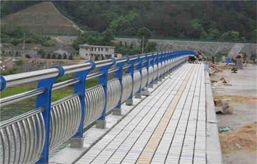玉溪景观不锈钢桥梁护栏现货