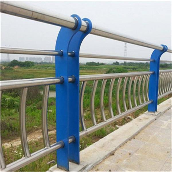 鹤壁桥梁防护栏定尺材质
