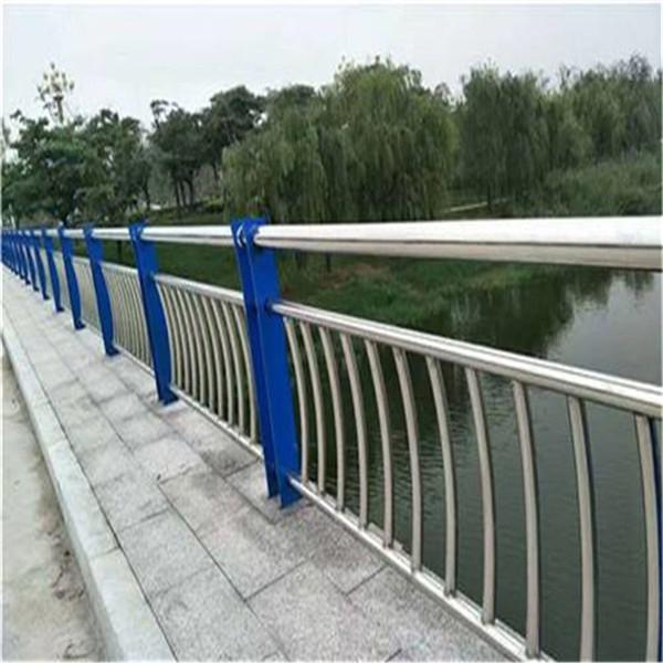 德阳304桥梁护栏有优惠活动