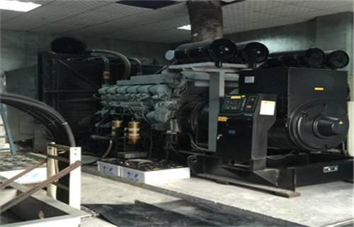 西宁市湟中柴油发电机出租进口机组