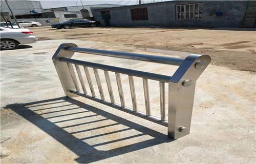 廊坊河道防护不锈钢栏杆选择我们值