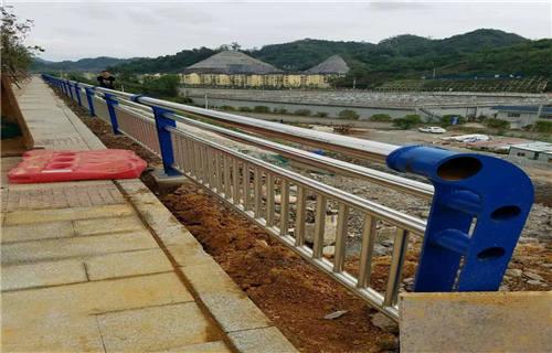 黑龙江天桥不锈钢护栏杆实体
