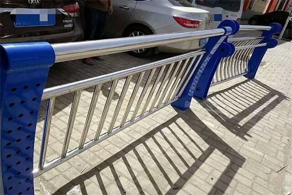 沧州 螺旋焊管内衬不锈钢复合钢管