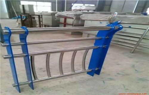 黔西南不锈钢立柱护栏类型
