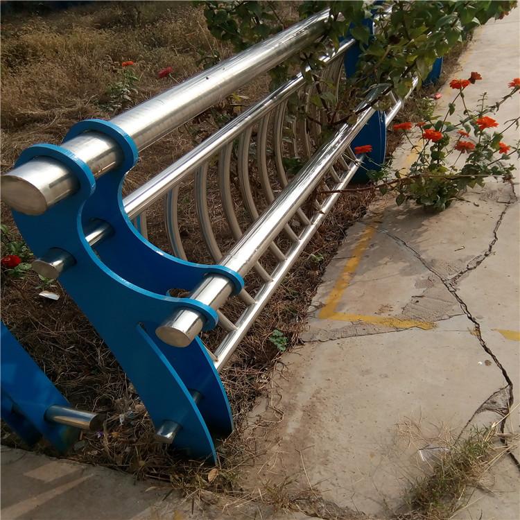 黑龙江Q235B桥梁护栏钢板立柱2019  价格