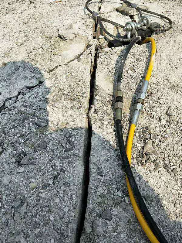 阿坝德州液压岩石劈裂机价格