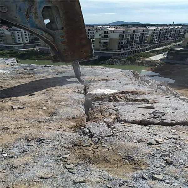 随州采石场大型液压破石机