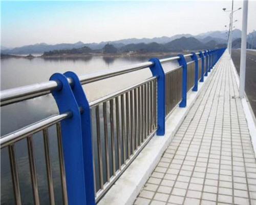 蚌埠訂做木紋轉印扶手欄桿價格