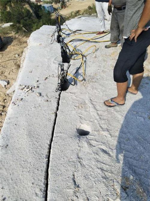 湖南矿山开采代替膨胀剂无声裂石