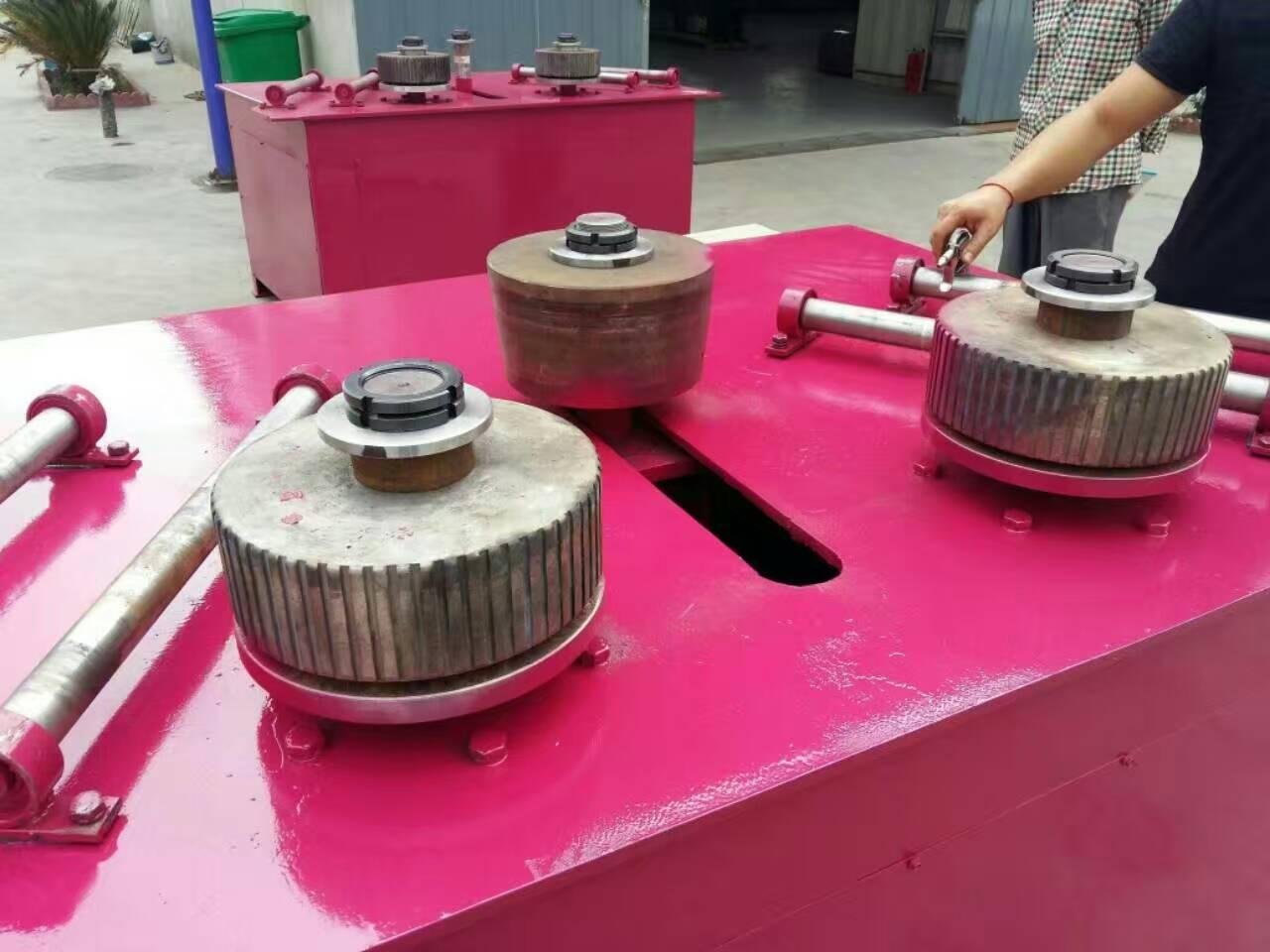 双滚轮冷弯机锦州水利工程顶轮式冷弯机