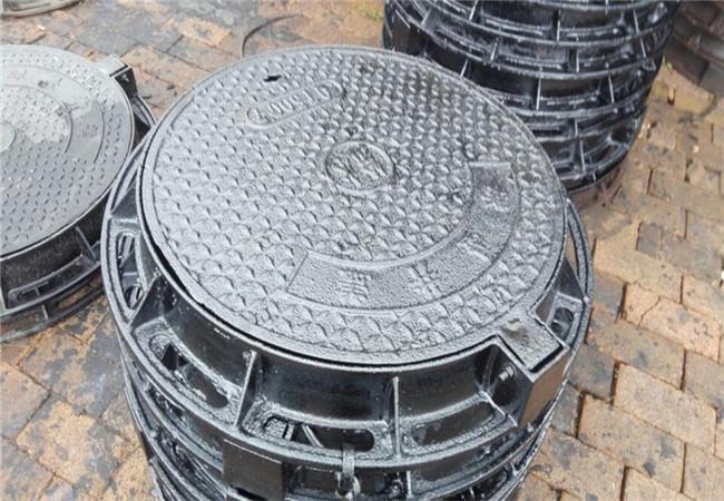 乌鲁木齐球墨铸铁井盖DN700市政井盖厂家直销