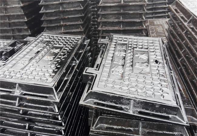 临沂球墨铸铁污水井盖700×700球墨方井盖