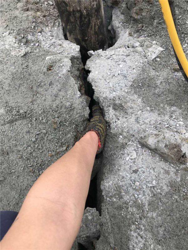 盐城大丰比破碎锤效率高的采石设备