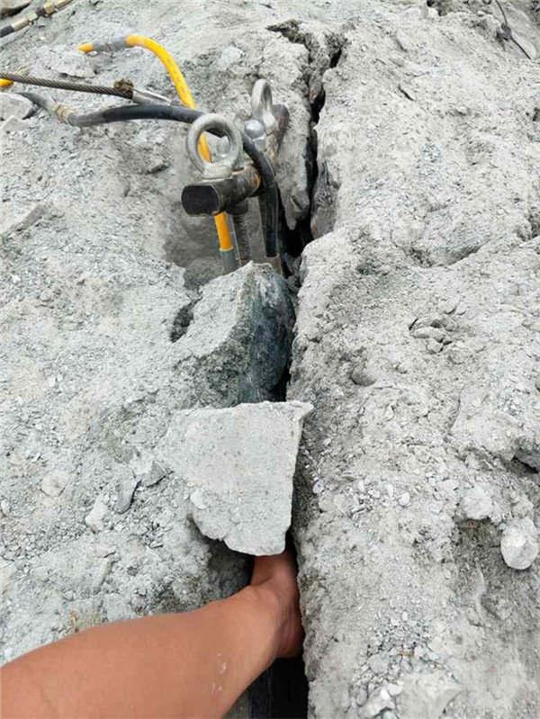 宁德供应大块岩石静态  开石机劈石器