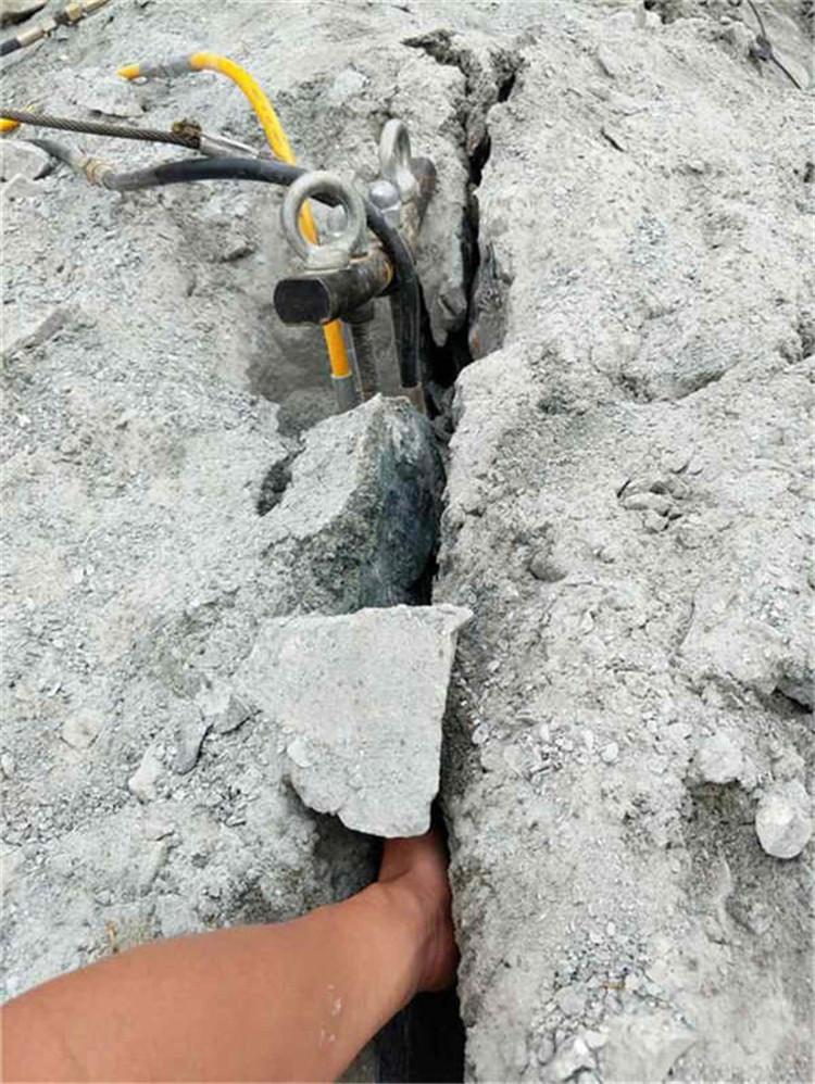 西宁静态  混凝土分裂器分裂机分石效果