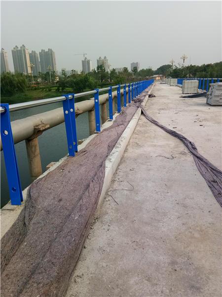 江西不锈钢复合管护栏立柱验收合格