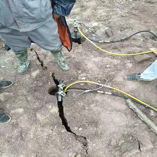 湖南地基开挖遇到硬石头怎么办岩石开挖机械