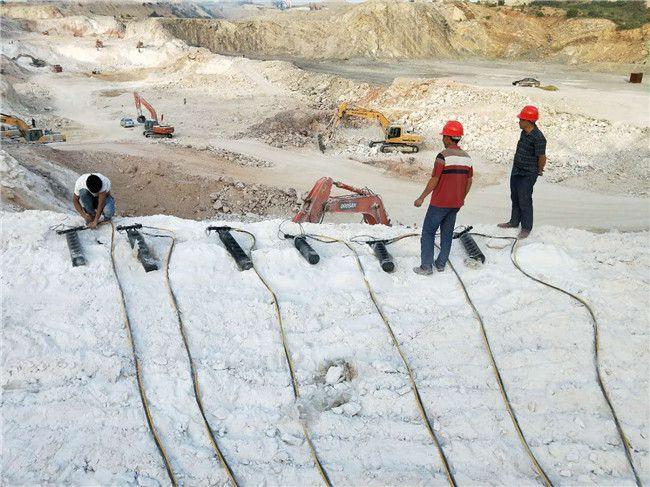 湖南房屋基础挖掘青石分石机多少钱取代传统方式
