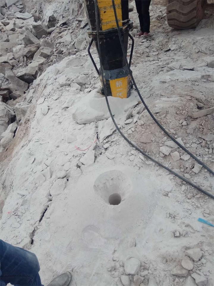 洛阳新安公路扩建遇到硬石头炮头打不动如何施工