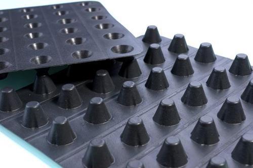 湖南省2.5公分塑料蓄水板生产厂家 多少钱一平米